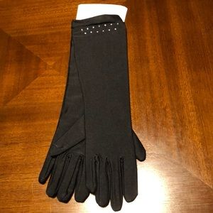 💜💜Claire's opera length black gloves. OS